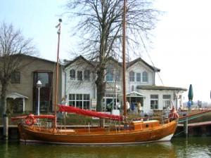 Zeesenboot im Bodden